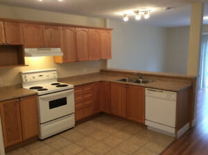 **KIMBLE GARDENS 2 BEDROOM TOWNHOUSE!!**