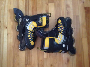 Patins a roues enlignées NEUF taille 4-8 reglable