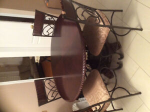 Breakfast Table + 4 chairs for sale