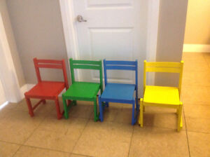 4 wooden childrens chairs