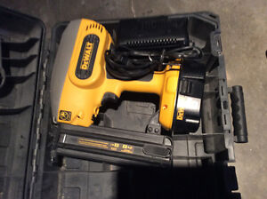 Dewalt 18 volt 18 gauge finishing nailer