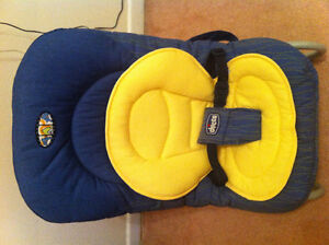 Chicco baby Bouncing chair