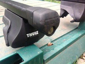 """THULE"" 55""L CAR ROOF RACKS WITH LOCKS - needs new keys Oakville / Halton Region Toronto (GTA) image 2"