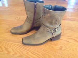 Women's Harley Davidson motorcycle boots size 38.5 eur