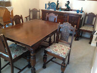 MUST SELL THIS WEEKI Solid Oak Antique Dining Room Suite
