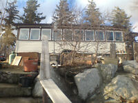 LAKE ERIE COTTAGE - 215 Feet of Waterfront