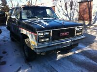 PARTING OUT 1989 4X4 GMC JIMMY