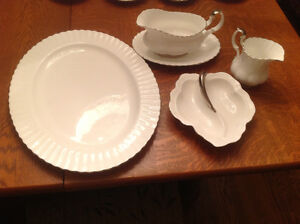 REDUCED Royal Albert CHANTILLY  5 Serving Pieces