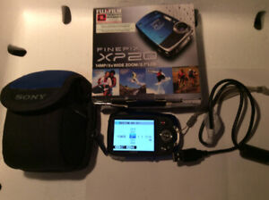 Fujifilm FinePix X Series XP20 14MP Digital Camera - Blue