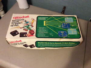 Vintage Ricochet Electronic Color TV Game Center