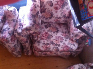 Couch and chair set .kitchen table &4chAirs t.v with d.v.d