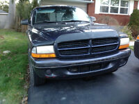 1999 Dodge Dakota Pickup Truck with EXTENDED CAB