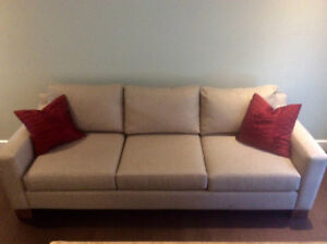 Lovely, contemporary sofa