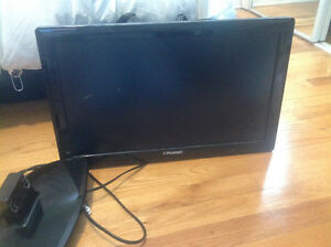 "Polaroid 22"" HD LED tv with broken stand"