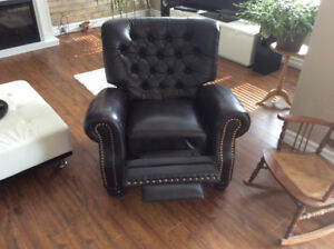 New Lazy boy leather recliner