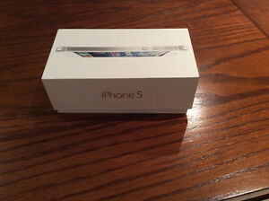 iPhone 5 white 16GB Rogers