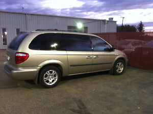 2003 Dodge Grand Caravan Sports Minivan, Van