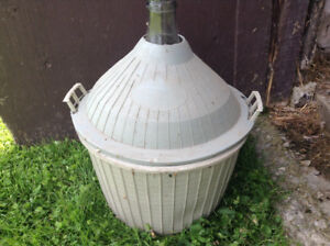 Winemaking/carboys 150. For both Obo