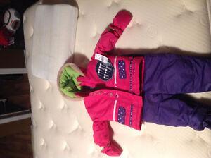 Ensemble d'hiver 18 mois - brand new 18month wintersuit Gatineau Ottawa / Gatineau Area image 1