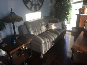 Luxury Leather Sofa and Loveseat with warranty