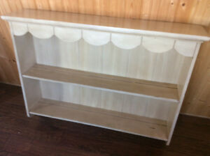 Distress shelf