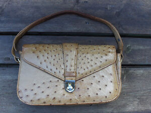 Vintage OSTRICH leather purse, by CORBEAU, from South Africa,