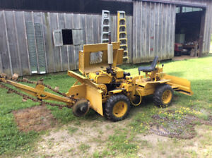 Case Task Force 20+4 trencher