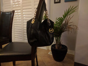 Michael Kors authentic bag - excellent used condition