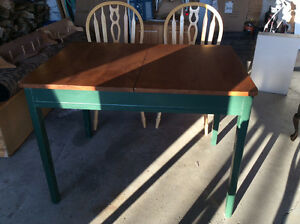 Antique table with leaf