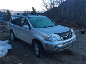2005 xtrail for parts