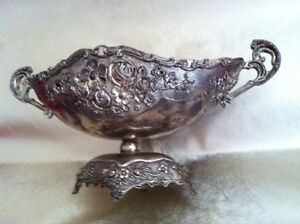Vtg. Metal/Brass? Oval on Stand Look Fruit Basket or Fruit Bowl