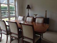 Dinning table & chairs