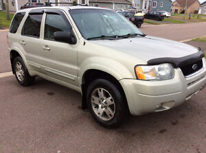 2004 Ford Escape Limited--New Tires--New MVI