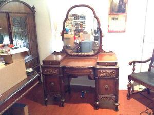 Antique Make-up Desk Dresser