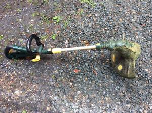 Coupe-herbe electrique à fil yardworks