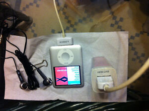 iPod Nano 4GB for sales with accessories
