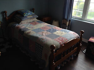 Solid wood twin bedroom set and matress