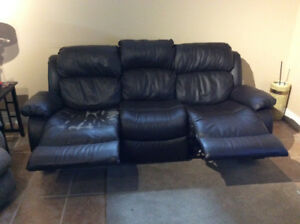Double reclining sofa/couch
