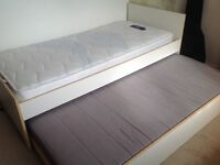 Great single + pull out bed