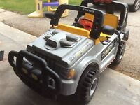 Kids double seater electric jeep