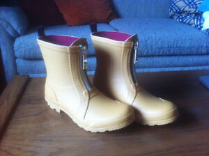 Tommy Hilfiger Rubber Boots - Never worn