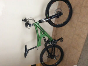 Brodie Thumper Downhill Mountainbike