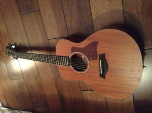 Guitare Taylor GS mini Guitar