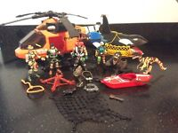 Toy Helicopter - Wild Quest Set with lots of accessories. Excellent condition