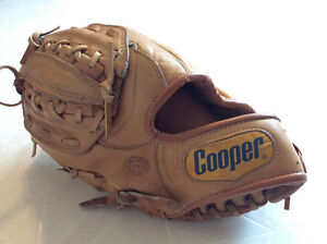 RH Cooper leather baseball or softball glove