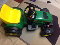 John Deere power wheels peg perego ride on toy battery operated