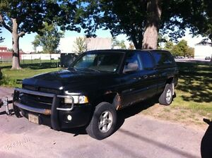 2001 Dodge Ram 1500 Sport Pickup Truck MUST SELL Kingston Kingston Area image 1