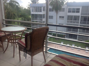 Florida – Condo for Sale 2 bed / 2 bath on Golf Course