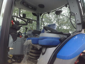 T6020 new holland tractor  less than 700 hours no DEF.