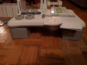 Nintendo Wii, with multiple controllers, Wii fit plus, 22 games Kingston Kingston Area image 3